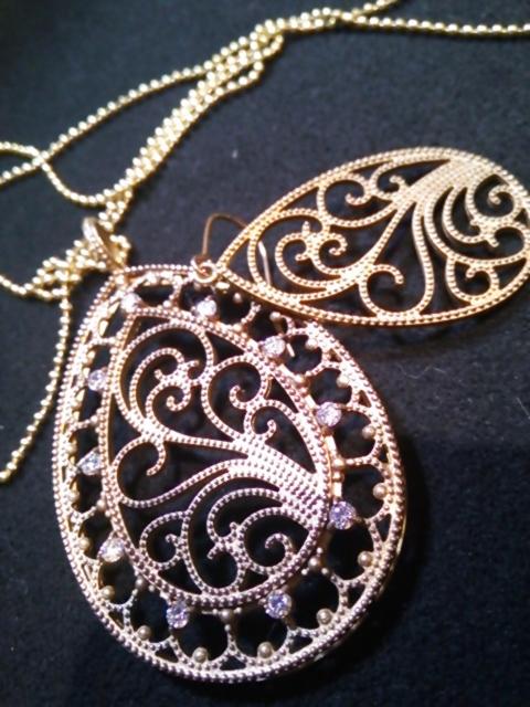 アンティーク真鍮ネックレス