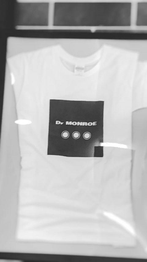 ドクターモンローのTシャツ