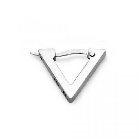 三角のメンズフープピアス