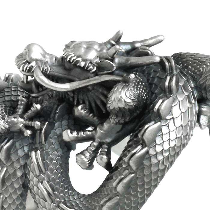 龍オーダーメイドのリング、アップ