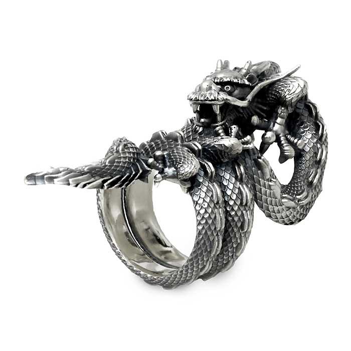 龍オーダーメイドのリング