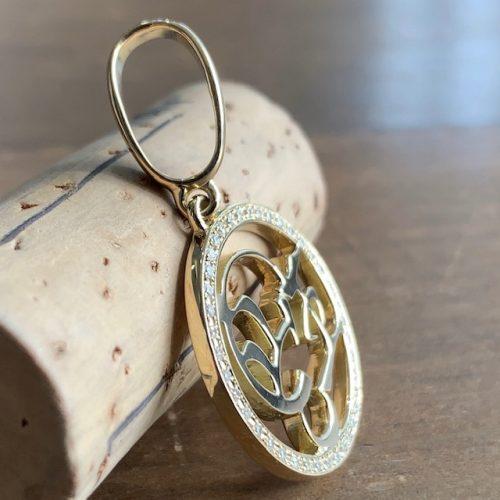 オーダーメイドのk18ゴールドネックレス横