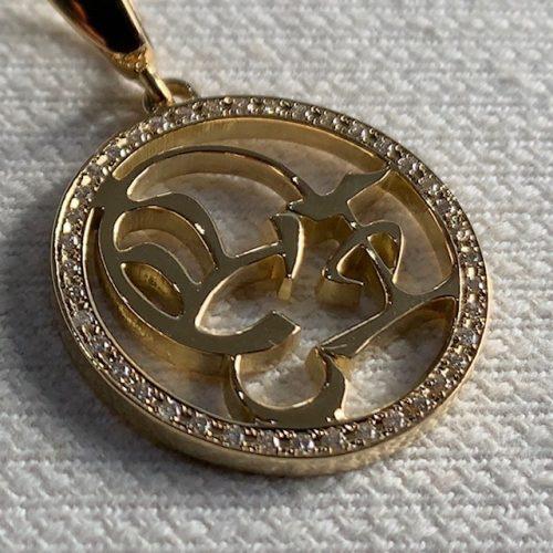 オーダーメイドのk18ゴールドネックレス