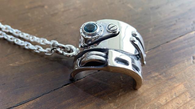 ブルートパーズのリングのカスタム