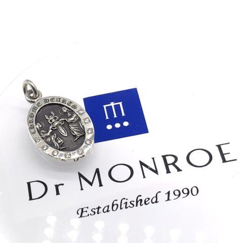 クロムハーツのネックレスのアフターダイヤモンドカスタム後