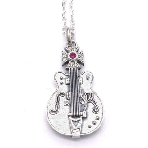 オーダーメイドのギターネックレス