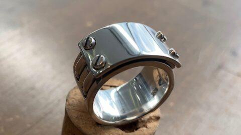 指輪のへこみ修理後