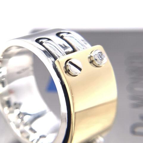 18kゴールドにダイヤモンド入りのペアリング