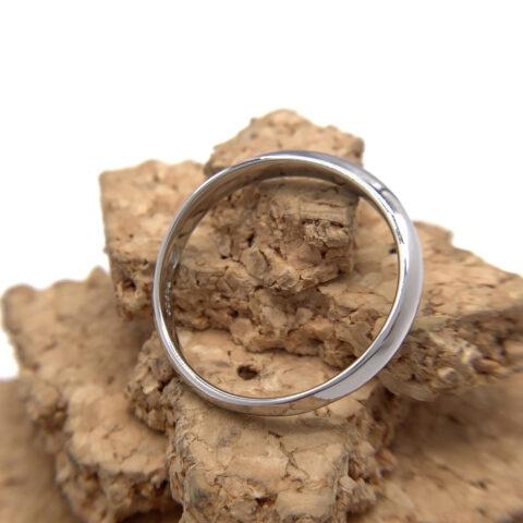 結婚指輪のペアリング、プラチナ製