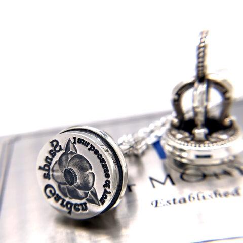 オーダーメイドのシーリングスタンプネックレス、椿のデザイン