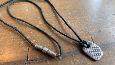 ボッテガのネックレスの修理前