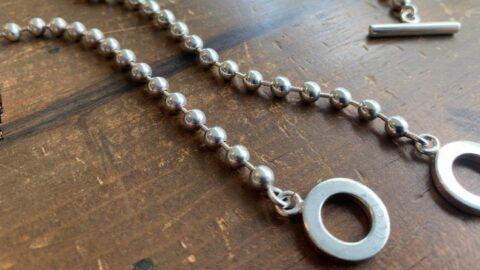 グッチのブレスレット、ネックレスのコマ詰め修理前