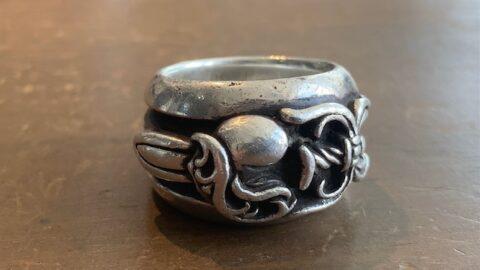 クロムハーツの指輪のサイズ直しと傷取り修理前